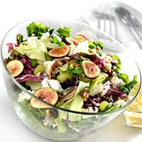 salada-de-folhas-com-queijo-de-cabrafigo-frescos-e-secos-uvas-verdes-ao-molho-de-maracuja-e-mel