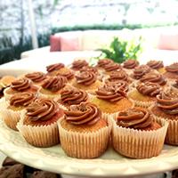 cupcake-de-laranja-com-doce-de-leite